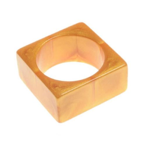 Jackie Brazil Solid Square Bangle in Gold